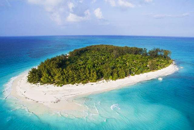 南沙諸島とは