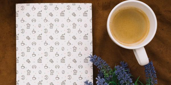 ラベンダーの花とコーヒーがセットになったブックタイプ
